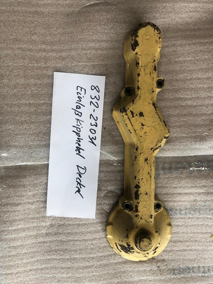 832-23031– Inlet Rocker Arm Cover SKL NVD 48 A2-A3 U Used in good condition