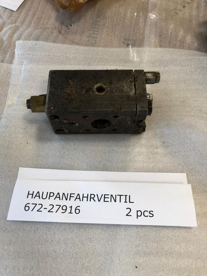 Main starting valve For SKL NVD 36 A1, Part No 672-27916, unused, preserved, in good condition side